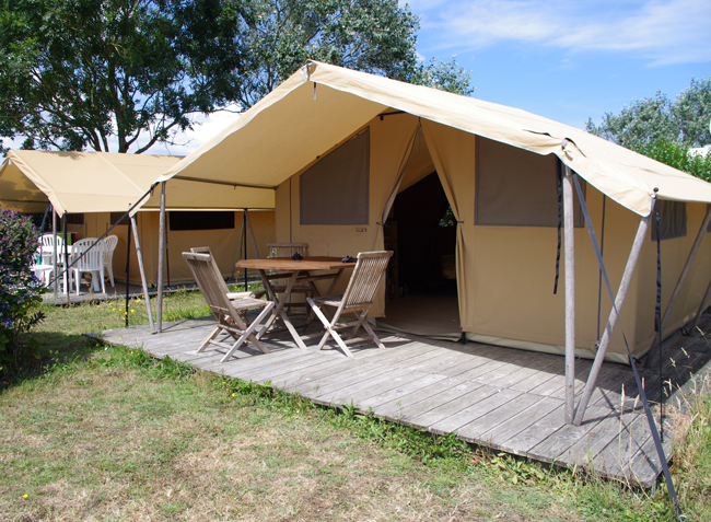 le-camping-004.jpg